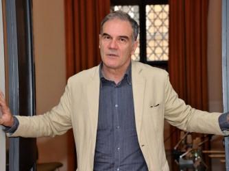 """Edoardo Albinati  ha vinto il premio Strega con il romazo """"La scuola cattolica"""""""