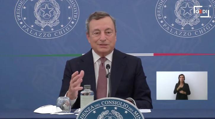 Il presidente del Consiglio, Mario Draghi, durante la conferenza stampa di ieri
