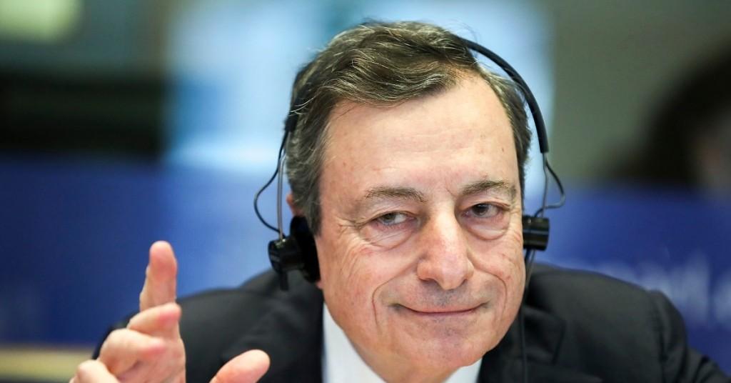 Il presidente del Consiglio Mario Draghi sembra indifferente alle polemiche politiche pre amministrative