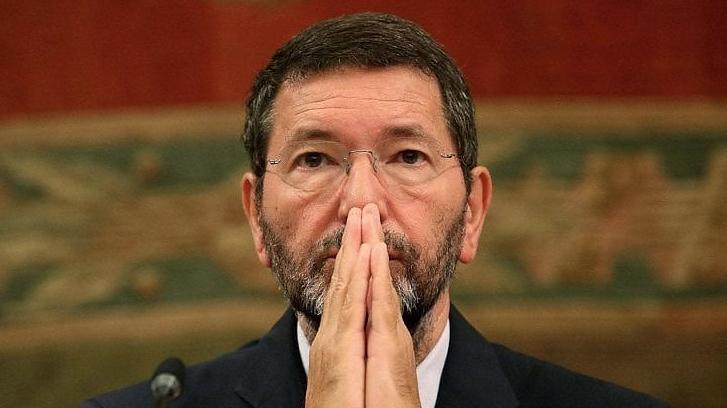 Ignazio Marino dovette lasciare la guida di Roma perché tradito dai consiglieri della sua maggioranza