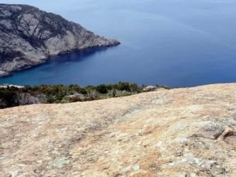 Una veduta dell'Isola di Montecristo, una delle perle dell'Arcipelago Toscano
