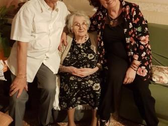Rosanna con la mamma eil marito Pino