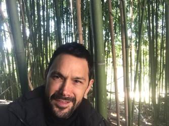 Nicola Tagliaferro nel bosco di bambù dell'Orto Botanico di Roma