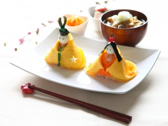 Hina Doll Shaped Rice Ball Bento for the Doll's festival on March the third in JAPAN