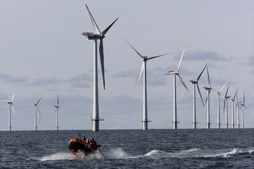 Development-offshore-wind-park-in-the-North-Sea-Moniek-Dotinga1