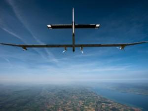 5446b24b5c1237d92c4f8cae_solar-impulse-2-plane