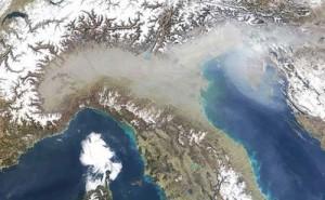 1884Smog-Italia_inquinamento_pontilenews
