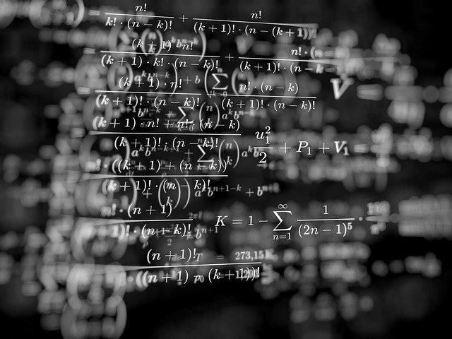 math-work-4711302_640