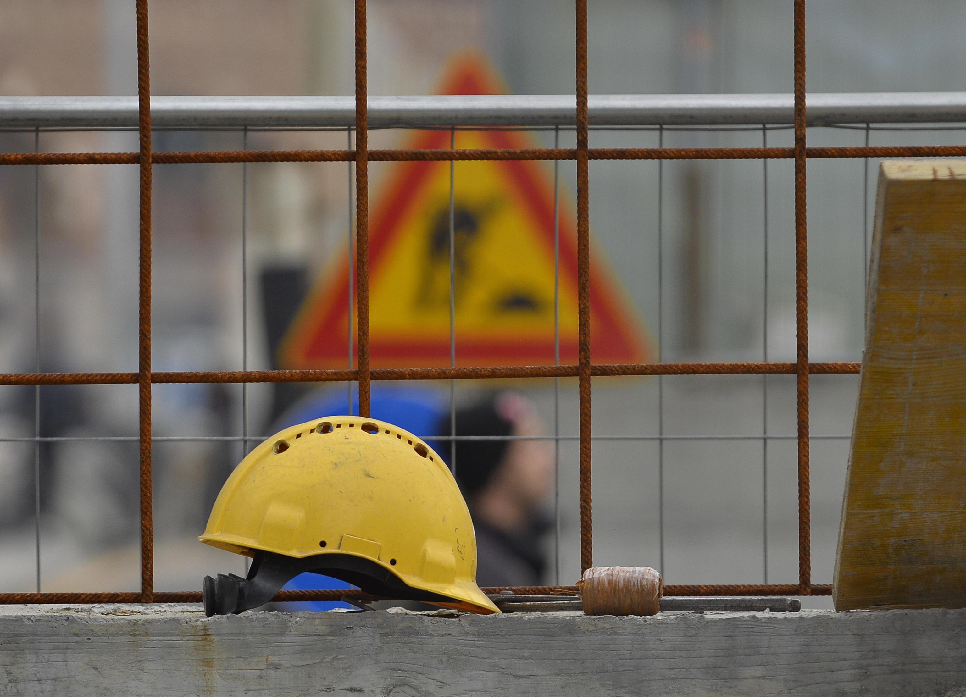 """Operaio morto in cantiere metro Milano, """"omicidio colposo"""""""