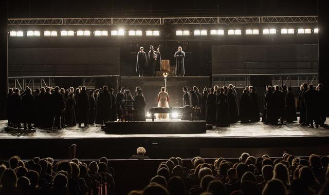 thumbnail_Maria Stuarda, di Gaetano Donizetti, regia di Andrea De Rosa, luci di Pasquale Mari
