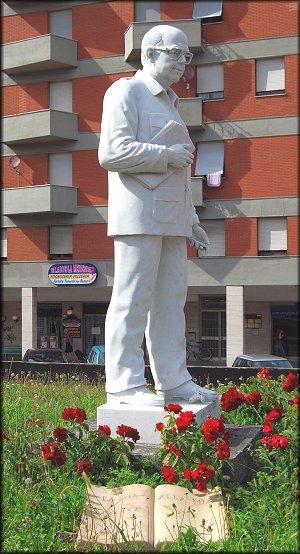 monumento-craxi
