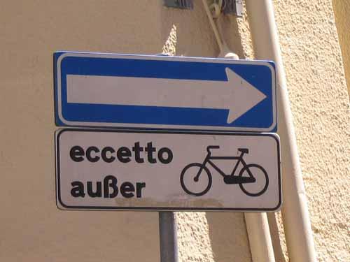 2374-senso-unico-eccetto-bici
