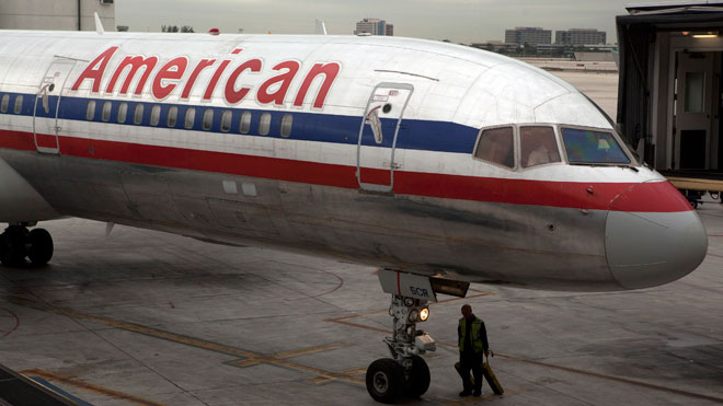 American-Airlines-airplane-AA