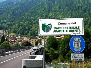 1257517790_1251380002D-0191-caderzone-terme-cartello-parco-naturale-adamello-brenta