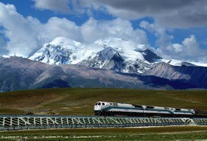 Rail-in-Tibet-1020x697