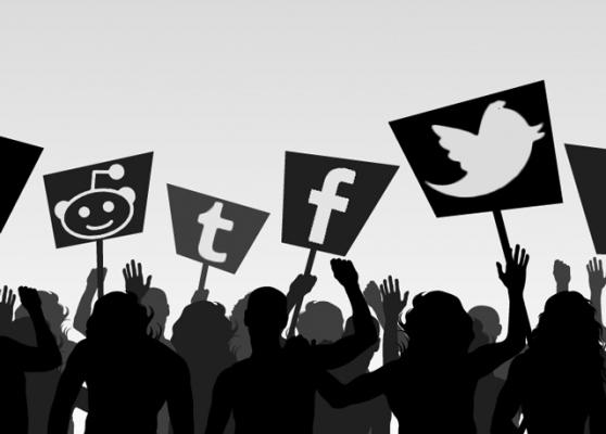 socialmediacrisis