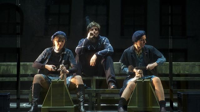 La-classe-operaia-va-in-paradiso-Allegro-Guanciale-e-Manea-photo-Giuseppe-Distefano-nw0awrqig1t6kfoy4wy43lcjk93ko1ffrtxth7yo3s