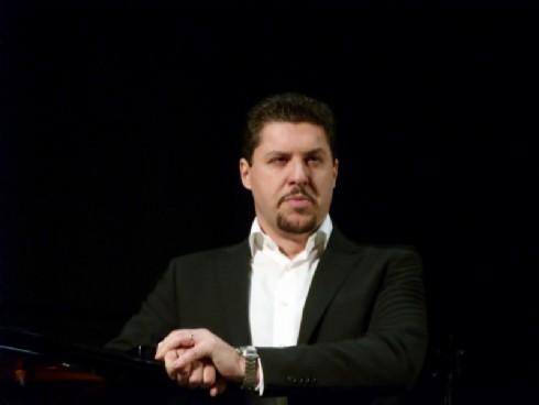 Luca Salsi canta Macbeth