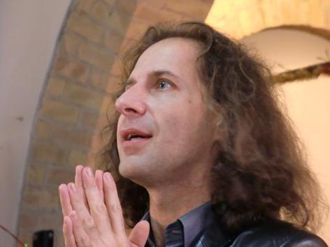 Il regista, scenografo e costumista Stefano Poda