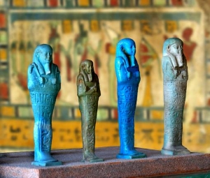 Parma, Museo Archeologico Nazionale, sezione Egizia. Gruppo di Ushabti