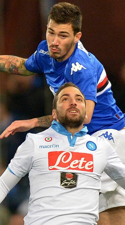 5742b0e21 Dietro Juventus e Roma a un distacco già siderale (+8 e +11) una melassa  indefinita. Ma Samp e Genoa sono sicuramente la novità mentre il Napoli non  riesce ...