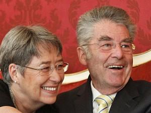 10.04.25 Heinz Fischer con la moglie Margit heinz20100425194952
