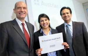 14.02.20 Klagenfurt, Sanjeev Kanoria (dx), moglie Sanjika e Martin Czurda direttore Austrian Anadi Bank