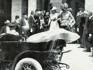 14.06.28 Sarajevo, Francesco Ferdinando con la moglie prima dell'attentato