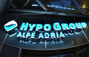 09.11.11 02 Klagenfurt, sede centrale di Hypo Group Alpe Adria
