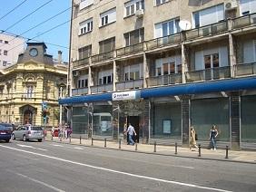 11.05.26 059 Belgrado; sede Hypo Group in una via del centro