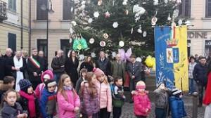15.12.08 Cervignano, albero di Natale donato dalla Carinzia - Copia