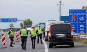 16-09-19-nickelsdorf-controlli-di-polizia-al-confine
