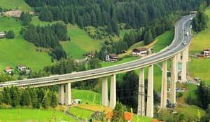 16-11-01-autostrada-di-montagna