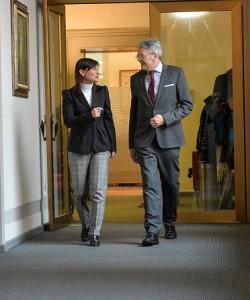 LH Peter Kaiser mit Debora Serracchiani, Präsidentin von Friaul;