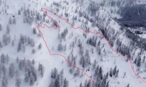 18.02.04 Valanga a Pramollo zona strada per Alpenhof Plattner (foto Polizei) - Copia