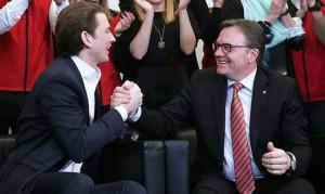 18.02.25 Innsbruck, Sebastian Kurz con Guenther Platter dopo successo elettorale
