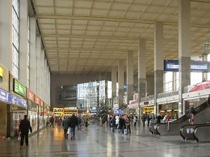 18.04.04 Viebba, Westbahnhof, westbhfeingangshalle