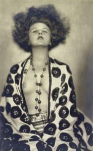 18.05.27 Elisie Altmann Loos, foto di Madame d'Ora (Dora Philippine Kallmus) - Copia