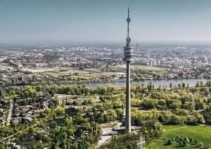 18.08.01 Vienna, Torre del Danubio (Donauturm)