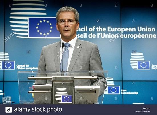18.11.15 Hartwig Löger, ministro finanze austria - Copia