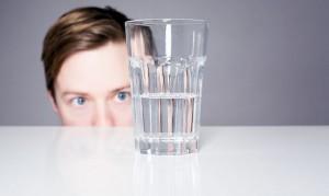18.11.24 Bicchiere mezzo pieno vuoto