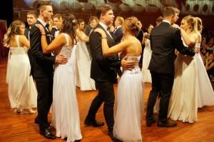 18.11.30 Ballo Modeschule di Klagenfurt al Casineum di Velden (F. Stephan Schild)