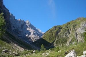 09.09.05 009 Pareti N del gruppo del Coglians dalla Valentintal; a destra pendici Rauchkofel - Copia