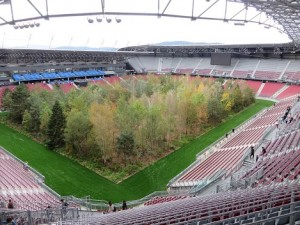 19.09.22 28 Stadio di Klagenfurt, For forest - Copia