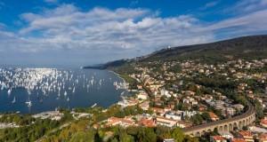 20.03.15 Panorama golfo Trieste con Barcolana - Copia - Copia