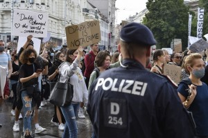 20.06.07 Vienna, manifestazione Black Lives Matter - Copia