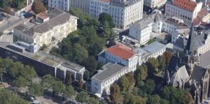 20.08.05 Vienna, ex ospedale Santa Sofia - Copia