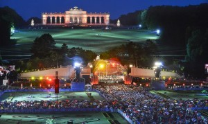 20.08.10 Vienna Sommernachtskonzert Schoenbrunn (Wiener Philharmoniker)