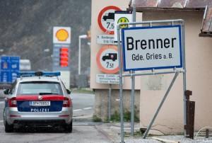 20.08.13 Brennero, polizia al valico di confine