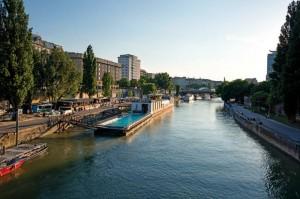 20.08.17 Vienna, Donaukanal, Badeschiff